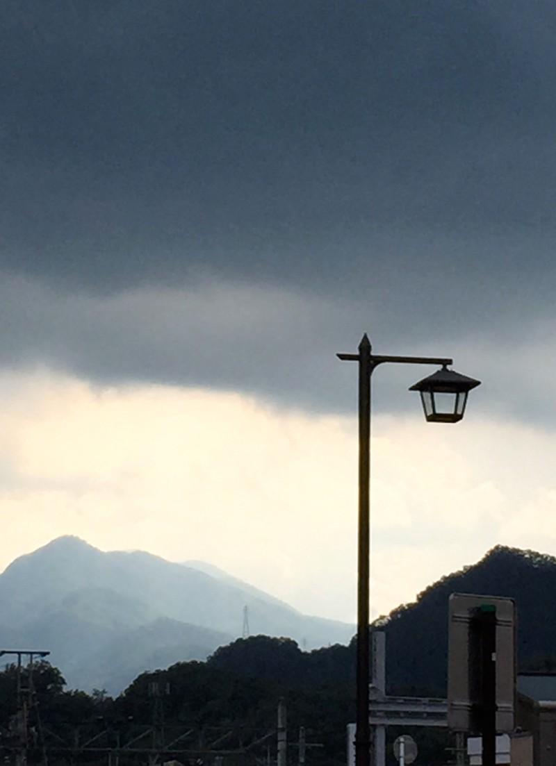 STREET LAMP & RAIN CLOUDS